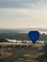 CBR-Ballooning-110285.jpg (mezuni) Tags: aviation australia hobby transportation hotairballoon canberra hobbies activity ballooning act activities passtime oceania australiancapitalterritory balloonaloftcbr