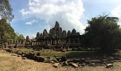 "Angkor: le Bayon <a style=""margin-left:10px; font-size:0.8em;"" href=""http://www.flickr.com/photos/127723101@N04/24001120900/"" target=""_blank"">@flickr</a>"