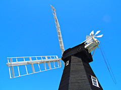 Mill House! ('cosmicgirl1960' NEW CANON CAMERA) Tags: wood blue sky sun white black sunshine wooden kent sails windmills flare yabbadabbadoo