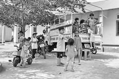 (kuuan) Tags: kids truck children play vietnam vilage