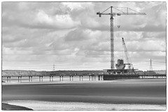 Building the Stanchions - Mersey Gateway Bridge. (foggyray90) Tags: road cranes gateway mersey runcorn widnes halton stanchions
