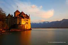 Chillon Castle (My Planet Experience) Tags: sunset sky panorama mountain lake alps castle monument water landscape schweiz switzerland scenery suisse geneva lac historic alpine chillon chateau svizzera leman range genve montreux vaud genevalake dentsdumidi laclman lacdegenve lelman wwwmyplanetexperiencecom myplanetexperience