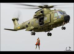 EH101 SAR - Danish Air Foce (Conrad Miquel Antich) Tags: canon denmark eos airport force aviation military air airshow helicopter danish danmark westland flugplatz roskilde sar militaryaviation agusta danishairforce canonef100400mmf4556lisusm agustawestland flugtage roskildeairshow eos7d canon7d flugmeeting