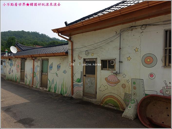 花田洞壁畫村 (13).JPG