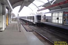 Alstom 450 Budapest, Pillang utca, 2016. 03. 09. (petrsbence) Tags: underground subway hungary budapest railway metropolis alstom m2 bkk bkv metr vonat 2esmetr