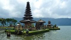 2014 Bali  (145) (llynge) Tags: 2014 bali ulundanu tempel