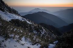 -44 (billlushana1) Tags: sunset mountain snow rock canon landscape outdoor sony taiwan  peaks  taroko hualien  tarokonationalpark  superwide hehuanshan ef1740mmf4lusm  mountain 14 100peaksoftaiwan taiwantop100peaks sonya7r