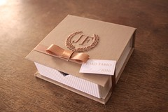 Lembrancinhas Sofisticadas para chegada do Joo Fbio. (Mimos Art - Para mames e noivas) Tags: menino nascimento bege sofisticada lembrancinhamaternidade listradodebege luxuosalembrancinha