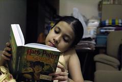 Irmã lindo Harry Potter <3  (Foto: Naotho) (naothop) Tags: harry potter céu gato linda lingua antena livro gatinho irmã concreto pedreiro mostrando