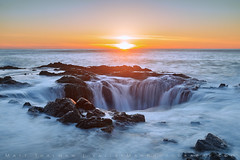 Well Plunge (Matt Thalman - Valley Man Photography) Tags: ocean longexposure sunset sun water oregon landscape evening coast rocks waves pacificocean capeperpetua capeperpetuascenicarea thorswell
