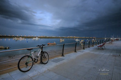 (104/16) La bicicleta (Pablo Arias) Tags: espaa photoshop andaluca spain huelva bicicleta cielo nubes tormenta hdr texturas anochecer puntaumbra photomatix nx2 pabloarias