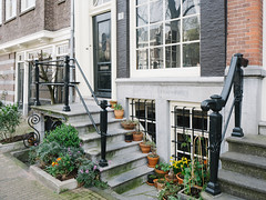 P4090033 (veneman) Tags: amsterdam stairs garden spring keizersgracht omd em10