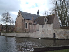 The Begijnhofkerk, Bruges. (greentool2002) Tags: church lady lieve bruges van vrouw onze consolation troost begijnhof begijnhofkerk 1245 spermalie
