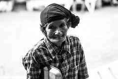 Luwalhati ng Maynila - Home for the Aged (LTTLTEACP) Tags: portrait blackandwhite canon blackwhite portraiture manila bwphotography portraitphotography teampilipinas canon600d