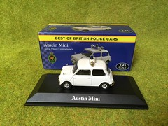Atlas Editors - Best of British Police Cars - Austin Mini - Royal Ulster Constabulary - Northern Ireland- 1/43 Scale - Miniature Die Cast Metal Scale Model Emergency Services Vehicle (firehouse.ie) Tags: ireland car austin cops royal police mini shades policecar 1967 atlas morris northern polizei policia ulster 850 polis ruc editions polizia peelers 850cc constabulary psni atlaseditions 6675pz