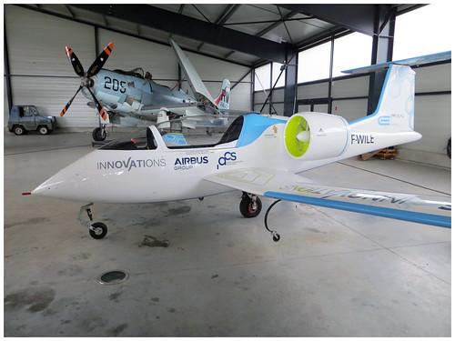 Airbus E-Fan (F-WILE)