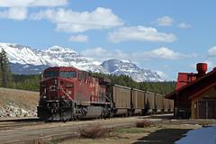 CP 600-017, CP 9622 East (Nomar Tyson-Rales) Tags: lake train sub trains louise alberta 600 cp laggan 9622 9610 ac4400cw