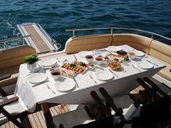 Lezzetli Anlar (Dh Yatlk) Tags: yat tekne seyahat lks