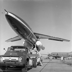 Atlas Negative Collection Image (San Diego Air & Space Museum Archives) Tags: aircraft aviation snark rato pw cruisemissile prattwhitney northrop jato kc97 j57 sm62 boeingkc97 sm62snark snarkmissile prattwhitneyj57 northropsnark northropsm62 northropsm62snark