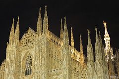 Duomo di Milano at Night (tomosang R32m) Tags: italy milan church architecture night italia catholic milano gothic duomo  duomodimilano  yakei    italy2015
