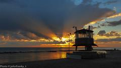 Sunset # Tramonto (johnfranky_t) Tags: t nuvole mare cabina galaxy spiaggia s6 bagnasciuga johnfranky