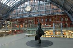 DSC_0031 Meeting Place St Pancras Station London (photographer695) Tags: london station st place meeting pancras