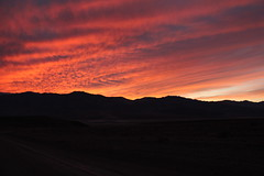 fogo (erudnitzki) Tags: california sunset pordosol sky usa mountains colors clouds cores cu eua contraste deathvalley montanhas nvens valedamorte