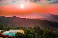 Spezial sunlight at the pool (Renate Bomm) Tags: sunset pool swimmingpool sonnenuntergang vale tal schwimmbad rot beautyful pictureoftheday renatebomm sriklanka kandy greenview guesthouse panorama flickrunitedaward magical unwirklich unglaublich golden natur nature amazing 2016 felana longexposer bluehour blue blau blauestunde sun sonne longtime gold thegoldengallary goldengallary ligths oro clouds wolken sky intothesky 366 dusk dämmerung weather coloursoftheworld srilanka beautifulcapture goldenvisions visiongroup thegoldendreams milkyway seaofclouds 2016onephotoeachday landscapes landschaft