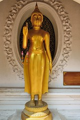 Phra Pathom Chedi - The Buddha's Postures and Mudras; Pointing to Mara (Simon5591) Tags: thailand mudras phrapathomchedi nakhonpathom