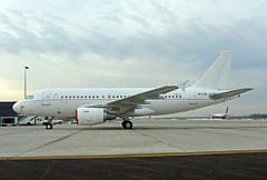 A319.A6-CJE-1 (Airliners) Tags: iad emirates airbus acj a319 319 emiratesairlines airbus319 22116 a319acj airbuscorporatejet 319acj a6cje emiratesexecutive