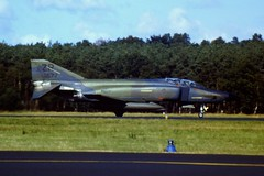 RF-4C Phantom-II 68-0577/ZR 38th TRS/ 26th TRW USAFE. Soesterberg Air Base, 18-09-1986. (Aircraft throughout the years) Tags: douglas usaf airbase mcdonnell zr recce recon soesterberg rf4c phantomii reconnaissance 26trw usafe 38trs