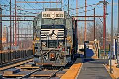 Norfolk Southern 5285 @ Bensalem, Pa. (Twenty17Teen Photography) Tags: trains railroads nec norfolksouthern northeastcorridor gp382 railroadphotography trainphotos bensalempennsylvania railroadphotos railroadimages