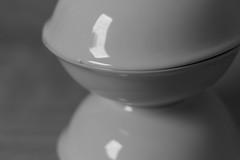 Only Bowls #6 (honiigsonne) Tags: white black indoor bow dishes makro schssel schwarz tableware schrfentiefe keramik geschirr weis schsseln einfarbig minimalistisch minimalismus