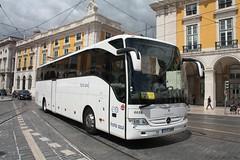 Mercedes Tourismo 6688 Frota Azul, Terreiro do Pao, 24 de Agosto de 2015 (Paulo Mestre) Tags: bus azul mercedes lisboa lisbon lissabon autobus lisbonne tourismo autocar autocarro frota 6688