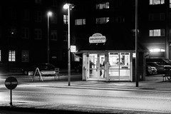 Concrete Desert Oasis (Henrik Callesen) Tags: city urban bw night diner henrik 1755mm 50d callesen canoneos50d