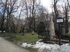 7601945142.jpg (recommendgroup3) Tags: friedhof cemetery key europe prague kunst cementerio skulptur prag praha tschechien cimetière
