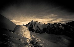 Nuit en Igloo (Frdric Fossard) Tags: nature monochrome alpes solitude lumire altitude hiver silence neige savoie paysage nuit froid calme igloo abri bivouac beaufortain skiderandonne luminosit raidskis