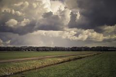 Clouds Loosdrecht (Imac@Ronald) Tags: nederland noordholland loosdrecht canoneos50d rmphotography maart2016