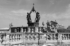 Villa Lante (Claudia Celli Simi) Tags: bw italia bn fontana viterbo lazio parchi blackandwithe villalante bagnaia giardinoallitaliana cardinalgambara fontanadeiquattromori