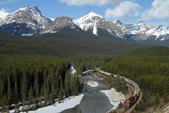 CP 301-497, CP 9776 West (Nomar Tyson-Rales) Tags: lake train sub trains louise alberta cp curve 301 laggan ac4400cw 9592 9776 morants