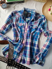 American Eagle Outfitters. COBL0024