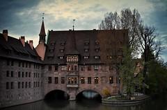 Nrnberg - Nuremberg at dawn (dannicamra) Tags: city water 35mm river germany dawn nikon stadt dmmerung nikkor fluss altstadt oldtown nrnberg buiding pegnitz d5100