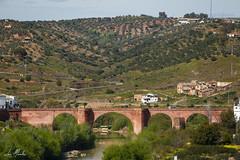 Puente sobre el Ro Guadalquivir (lumior) Tags: espaa naturaleza rio rural puente andaluca arquitectura paisaje pasarela crdoba viajar viaducto montoro pontn monteycampo