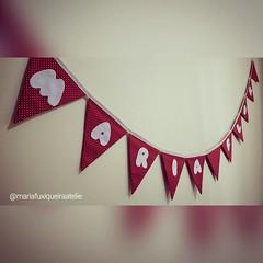 Bandeirola Maria Flor (mfuxiqueira) Tags: bandeira tecido bandeirolas bandeirinhas decoraçãoinfantil decoraçãofestainfantil bandeirinhasemtecido