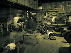 Vintage Farm Technology (spline_splinson) Tags: tractor de deutschland rust traktor transportation antiquetractor vevey oldtechnology oldtractor badenwrttemberg vintagefarmequipment oldgermanfarm uhldingenmhlhofen