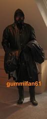 IMG_380817-4 fik (gummifan61) Tags: rubber rainwear gasmaske
