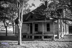 Days of Old (The Suss-Man (Mike)) Tags: old bw house building abandoned georgia unitedstates abandonedhouse jacksoncounty maysville thesussman sonyslta77 sussmanimaging