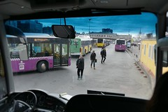 P1050486f - Bus terminal (JB Fotofan) Tags: street blur bus turkey lumix colorful traffic trkiye streetphotography istanbul panasonic trkei verkehr unscharf bunt tiltshift verschwommen streetfoto kadiky fz1000