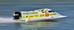 24 heures motonautiques de Rouen (pontfire) Tags: france seine speed boat ship bateaux rouen normandie bateau navire laseine vedette uim pontfire 24heuresderouen championnatdumondedendurance f1chinacticteam pchiappe mooreformula