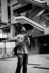 IMG_9635 (WillyYang) Tags: portrait blackandwhite 50mm streetphotography      50mmf12 50l 20160426